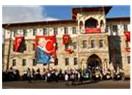 Sivas hükümet meydanında bayrak töreni