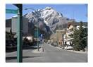 Rocky Dağlarında Banff Kasabasında zirvelere ulaşmak 1