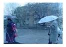 Yağmur yağıyor...