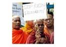 İki soru; Neden Zaman Gazetesi İncil dağıtmaz ve Birmanya'da ulusalcı sol var mıdır?