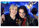 Evgeni-Edvin ikilisi ve Eurovision parodisi