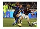 İtalya derby'sinde İnter Milan'ı 2-1'le geçti.