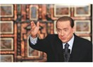 Çek bir dansöz Berlusconi'ye...!