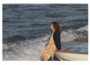 Hüzün zaman zaman deli dalgalarla gelir