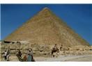 Keops Piramidi' nin bilinmeyenleri ...