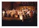Van Devlet Tiyatrosu'nun ayakta alkışlanacak başarısı; 'Akide Şekeri'
