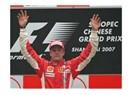 Çin'de Kimi kazandı, Alonso 2. Lewis yarış dışı. Gözler son yarışta.