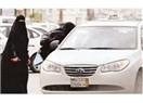 Suudi kadınlar araba kullanmak istiyorlar
