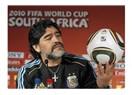 Maradona'nın elinde Meryem Ana tespihi…