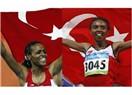 Türk Atletizmi kendini aştı! 5000 metrede Alemitu Bekele Şampiyon, Elvan ikinci oldu...