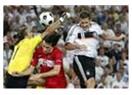 Almanya İngiltere'yi dağıttı 4-1