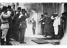 Fotokopi davetiye ile Atatürk'ü anmak