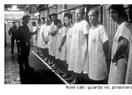 Bir deney; Stanford Hapishanesi (üniforma etkisi)