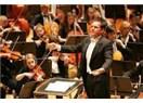 Orkestranın şefi; düşüncelerimiz