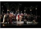 Antalya Operası Lucia di Lammermoor'un ilk sahnelenişini ünlü tenor Bülent Bezdüz'le yaptı