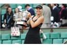 Roland Garros'un şampiyonu Maria Sharapova