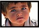 Küçük ve yalnız çocuk