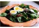 Ispanağı, Yoğurt Yerine Yumurtayla Yemeli