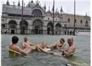 Venedik batıyor! (Venedik son 150 yılın en büyük su baskınına hazırlanıyor!)