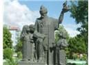 Kırşehir'de 1. Ululararası Aşık Paşa Şairler Şenliği