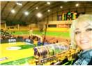 Avrupa Kupası kazanan ilk takım; Anadolu Efes Pilsen'le Ankara Hacettepe'nin Basketbol Maçını İzledi