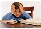 Çocuğunuza nasıl düzenli ders çalışma alışkanlığı kazandırabilirsiniz?
