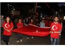 CHP'li gençlerin bandolu, fener alaylı ve havai fişekli 19 Mayıs kutlaması!