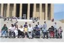 Anıtkabir'de VİP, kampanyalarda ise çöp muamelesi! Engellilere kurumların iki yüzlülüğü...