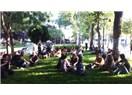Taksim Meydanı'ndan anında haberler-Gezi Parkı Aç-Kapa