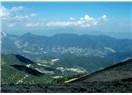 Dağla dağ, gökyüzüyle gökyüzü olmak