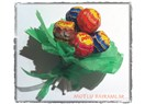 Şeker buketi ile şeker bayramı kutlaması