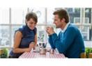 Yeni sevgiliye eski sevgiliyi eleştirmek mevcut ilişkiyi de tehlikeye atar