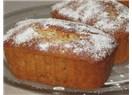 Ev yapımı meyvalı kek.