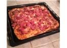 Ekmek hamurundan Sosisli Pizza