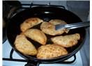 Tavada çiğ börek tarifi
