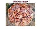 Kuru incirli tarçınlı rulolar