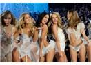 Victoria's Secret 2015 İç çamaşırı defilesi