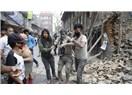 Nepal 7.8 büyüklüğündeki depremle sallandı