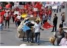 Antalya halkı 1 Mayıs'ı bayram gibi kutladı, Devlette devlet gibi seyretti!
