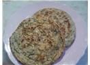 Isırgan otlu köy ekmeği
