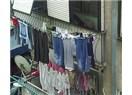 Tutuculuk yüzünden çay sefası yapacağımız balkonlara çamaşır asıyoruz
