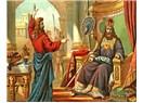 Hz. Davud lir, tef, ziller ve çıngırak eşliğinde Allah'ın huzurunda dans ediyordu...