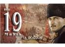 Her Türk Atatürk olmak zorundadır. // Tarihin acımasız diyalektiği