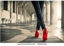 Kırmızı ayakkabılar