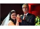 Down sendromlu kızı için damatsız düğün yapan baba