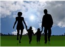 Kimse kimsenin çocuğuna anne ya da baba olamaz; insan gibi davransın yeter