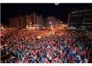 Meydanlarda türküler ve şarkılar söylenmeli…