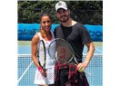 Çağatay Ulusoy'un yeni hobisi Tenis!