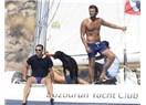 Los Angeles'teki Ulusoy - Tatlıtuğ arkadaşlığı Marmaris'te teknede devam etti!