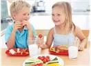 Okulda geçecek renkli bir gün için renkli bir kahvaltı hazırlayın!